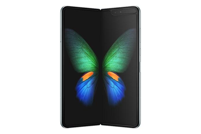 Should-Samsung-delay-Galaxy-Fold-launch