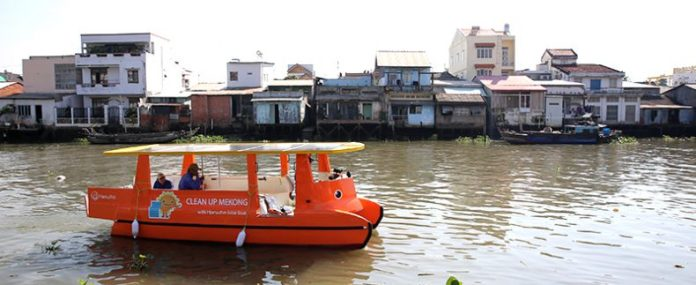 Hanwha-helps-clean-up-Mekong-River