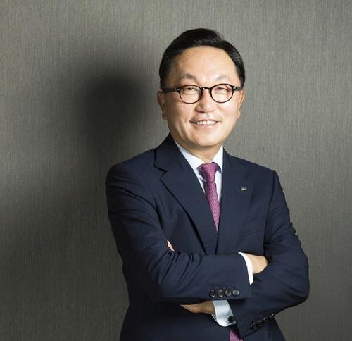 Best-CEOs-in-Korea-Park-Hyun-joo-at-Mirae-Asset
