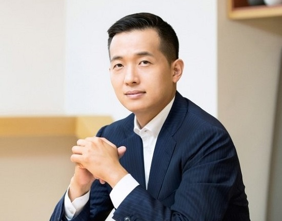 Hanwha-heir-apparent-promoted-to-Vice-President