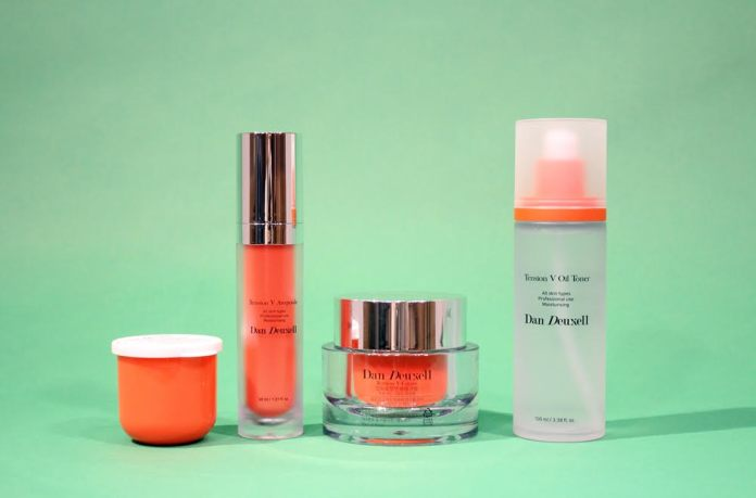Cosmetics-made-of-DNA-repairing-substance