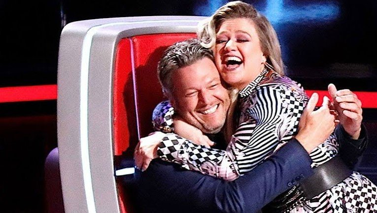 Kelly Clarkson counting on Blake Shelton's support post divorce