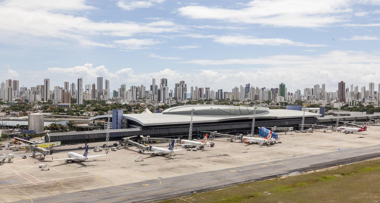 Resultado de imagen para Aeroporto Recife