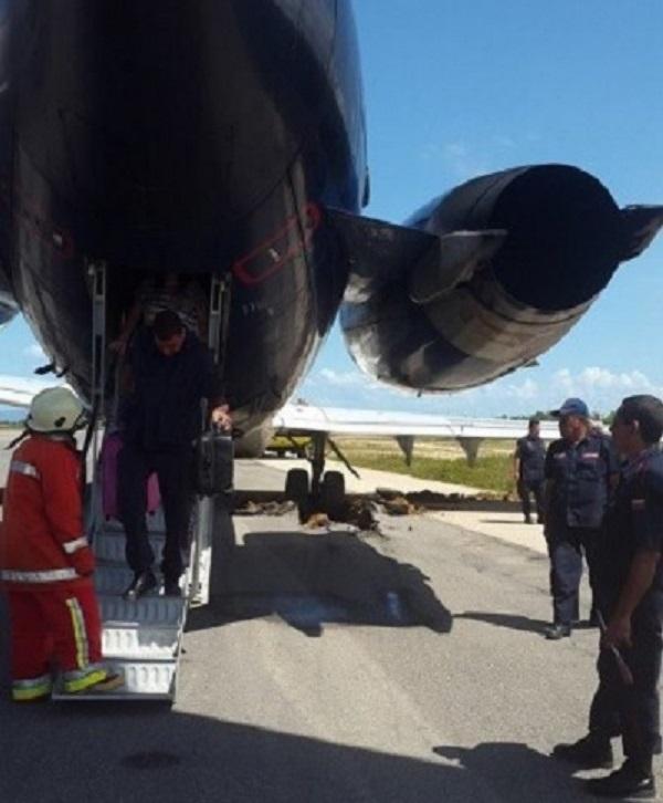 Aeropostal Aero Sucre Atascado 04nov2014 600dpii