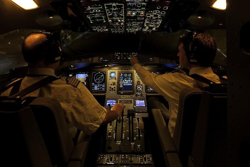 ATR-37773