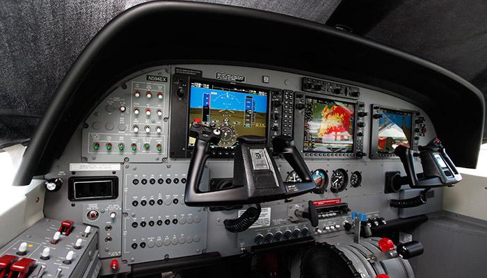 TAM-EXECUTIVA-Cockpit--Grand-Caravan