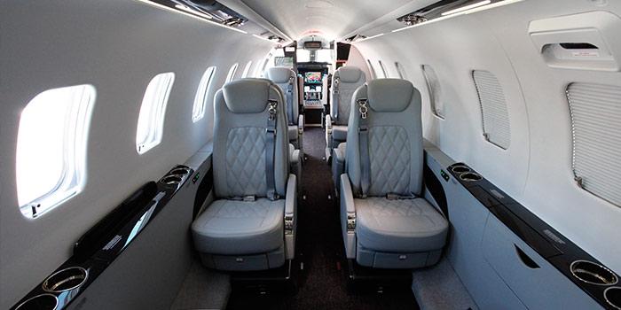 Bombardier-Learjet-75-cabine