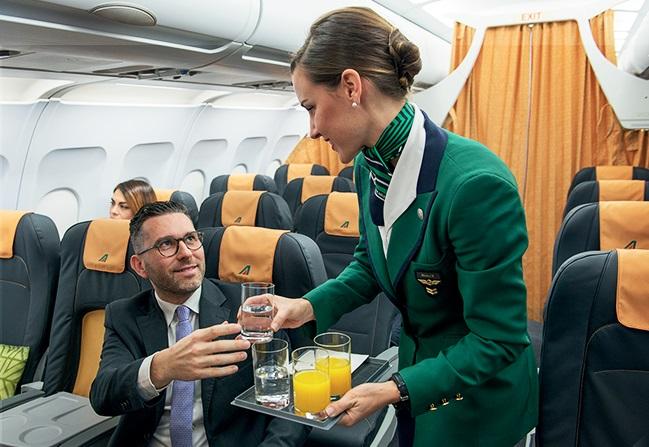 Alitalia A320 new_interiors_2015A 650px