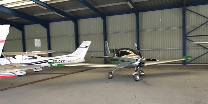 sonaca-200-no-hangar-em-charleroi