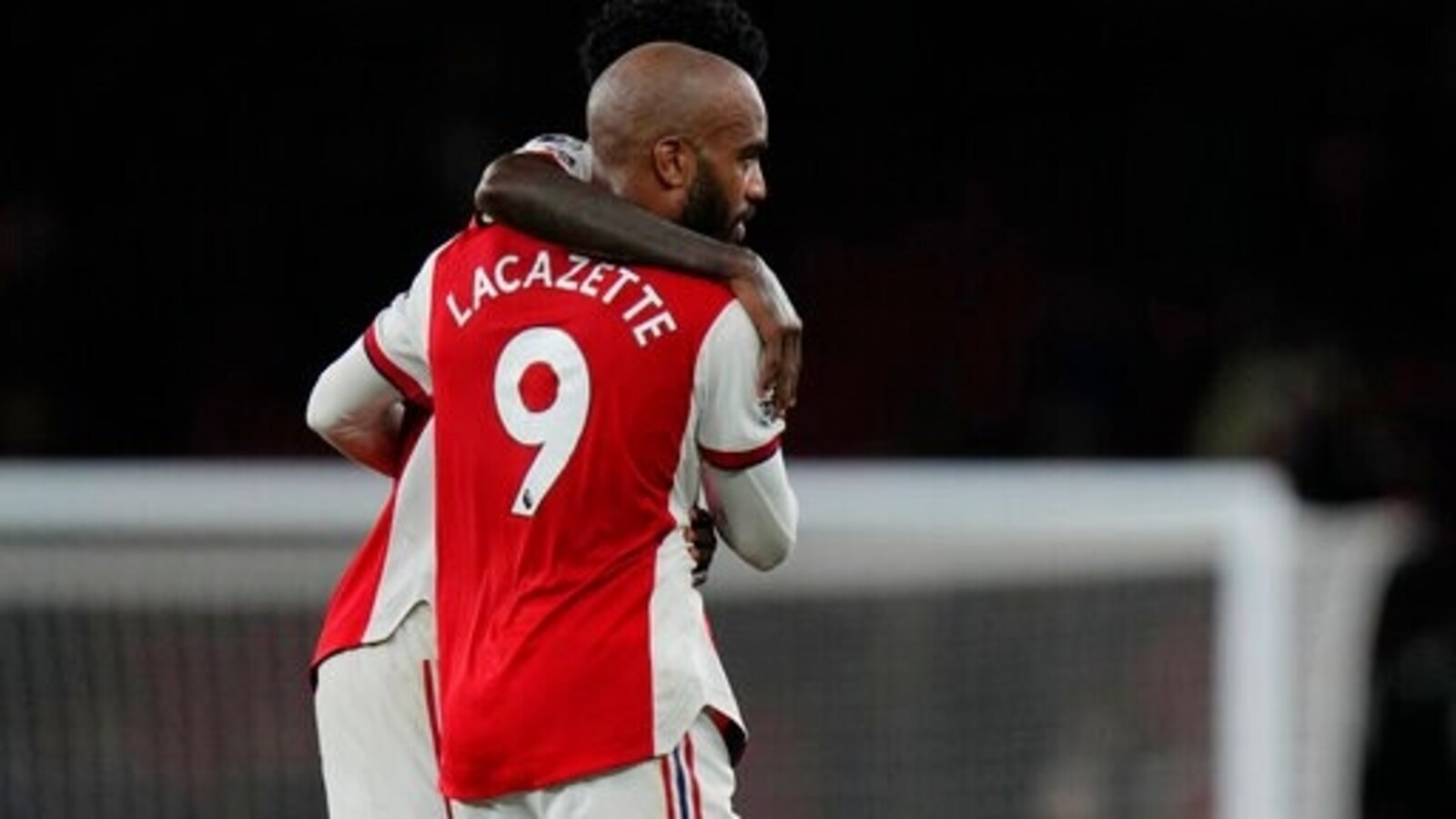Lacazette equalizes late for Arsenal in draw with Palace