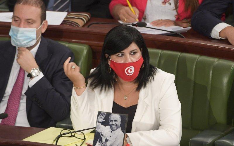 Tunisia MP Assaults Female Colleague in Parliament