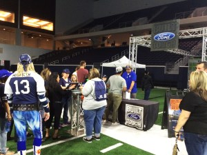 cowboys_draft_Football_toss_17_5