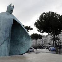 Conversazioni romane: la statua del Papa