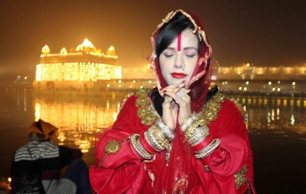 bigg-boss-14-radhe-maa-entry-in-bigg-boss-house-video-goes-viral