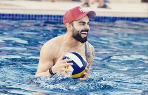 Virat Shared Pool Pic, Varun Dhawan Comment On Ripped Photo