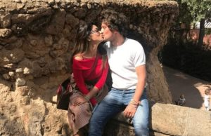 actress-shriya-saran-romantic-kissing-lip-lock-with-husband-all-set-to-make-you-crazy