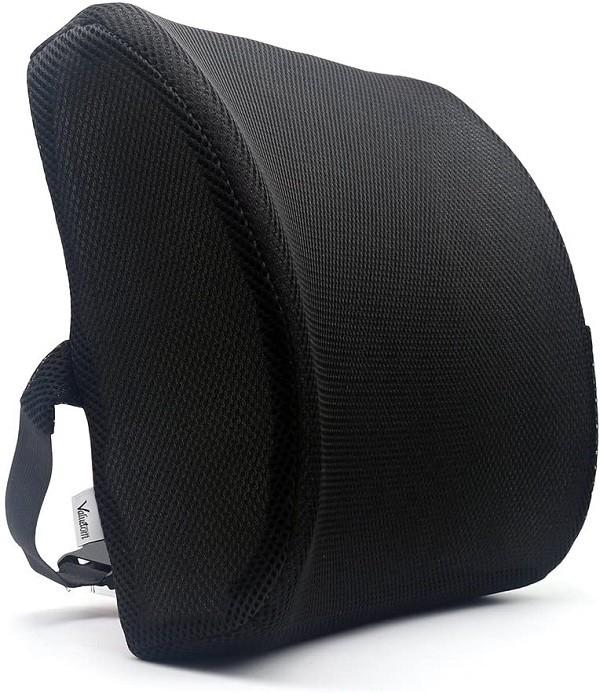 dolore alla schiena: sostegno lombare con cuscino