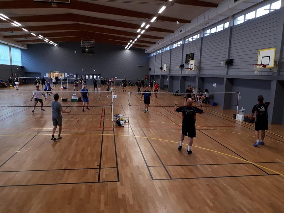 GENAS | 108 joueurs au 1° tournoi vétérans de badminton