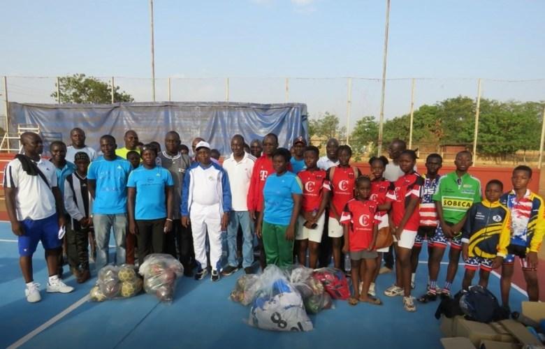 NEWSESTLYONNAIS Ballon Burkina (1)