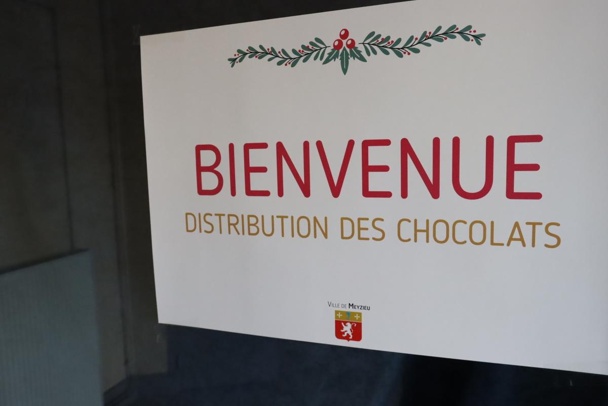 MEYZIEU | La ville offre 5.500 boîtes de chocolats à ses seniors