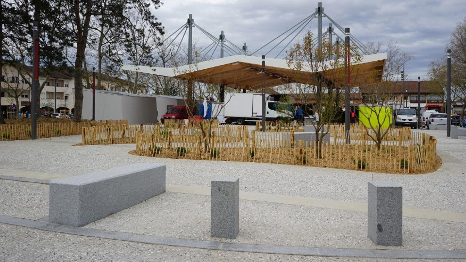 CHASSIEU | Place Coponat > renouveau du centre-ville