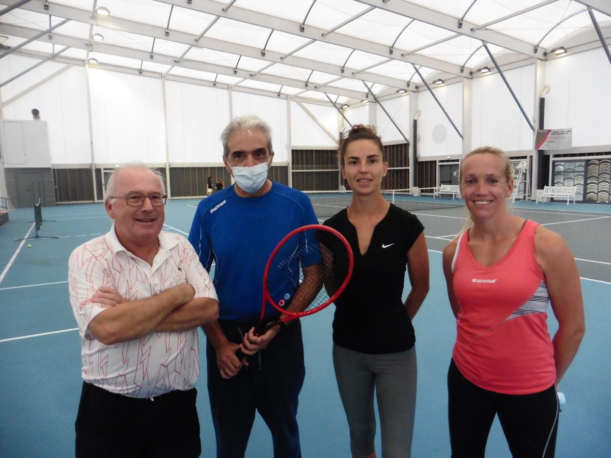 GENAS   C'est reparti au Tennis Club