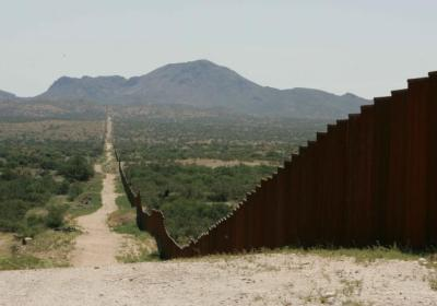 Number of attempted crossings at southern U.S. border hits 21-year high