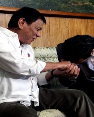 Robin Padilla thanks Duterte