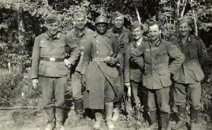 historical-photos-pt5-german-soldiers-french-pow