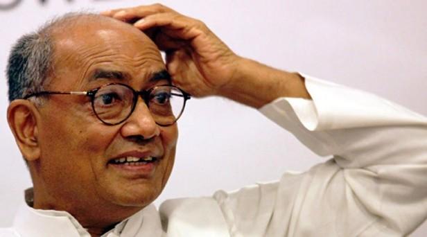 चुनावी मौसम में दिग्विजय सिंह का 'यह झोल' कांग्रेस का बड़ा नुकसान करेगा!