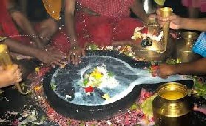 राशि अनुसार भगवान शिव को सावन में इस तरह करें प्रसन्न, मिलेगा शुभ फल