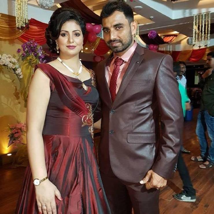 PHOTOS: फिल्मों में आ रही हैं क्रिकेटर शमी की पत्नी हसीन जहां