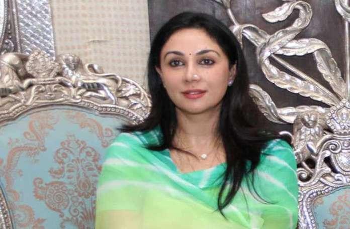 बॉलीवुड अभिनेत्रियों से कम खूबसूरत नहीं हैं दीया कुमारी