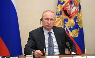 O Πούτιν «διαφήμισε» το εμβόλιο Sputnik-V στους G-20