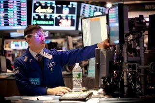 Στο «κόκκινο» η Wall Street με «βαρίδι» τον τεχνολογικό κλάδο
