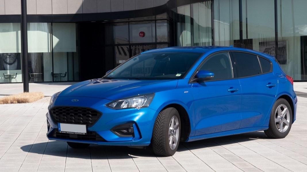 Top 10 de carros automáticos com valor de até 20 mil reais. Marca: Ford Focus.
