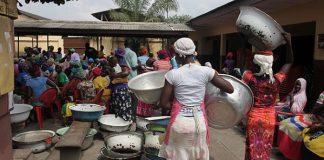 Ghanaian Female Porters