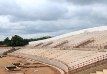 Photo taken on June 4, 2015 shows a stadium under construction in Ghana?s colonial capital of Cape Coast. Work on the China aided 16,000 capacity multi-purpose regional stadium for Ghana?s colonial capital of Cape Coast, 144 km west of the capital Accra, is 85 percent complete, according to Tang Wei Yi, Project Manager of the China Jiangxi International Economic and Technical Cooperation. (Xinhua/Lin Xiaowei)