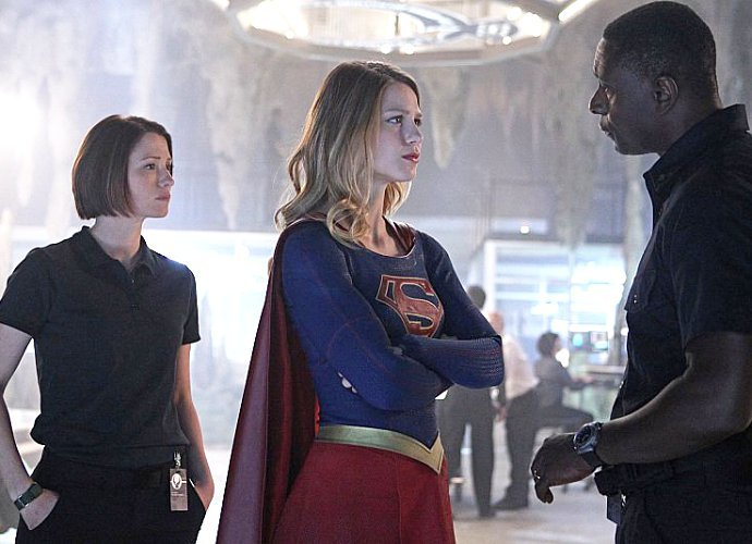 supergirl-boss-talks-about-hank-henshaw-s-red-eyes