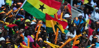 2. A section of Ghanaians displaying the national colours
