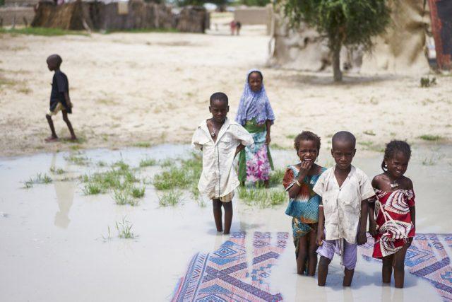 Lake chad children