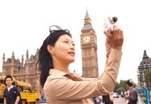 London sees more and more tourists from China. (Photo by People's Daily Overseas Edition)