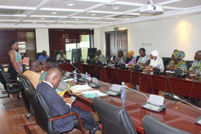 Peasnat Farmers and Parliamentary Committee