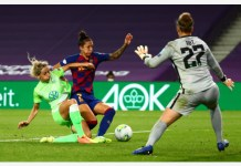 Women's Champions League - Semi Final - VfL Wolfsburg v FC Barcelona - Reale Arena, San Sebastian, Spain - August 25, 2020 Barcelona's Jennifer Hermoso in action with Wolfsburg's Kathrin-Julia Hendrich, as play resumes behind closed doors following the outbreak of the coronavirus disease (COVID-19) REUTERS/Sergio Perez/Pool