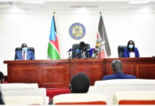 South Sudanese President Salva Kiir (C) addresses the press on the current case of COVID-19, in Juba, capital of South Sudan, April 9, 2020. South Sudanese authorities on Thursday confirmed a third case of coronavirus. (Xinhua/Daniel Majak)
