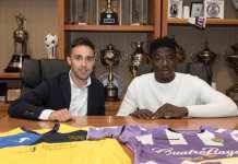 Salisu Mohammed signs