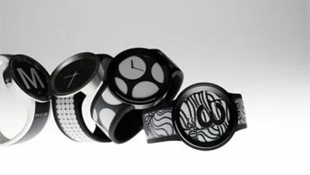 ソニー、スマホでデザインできる電子ペーパー腕時計「FES Watch U」を発売