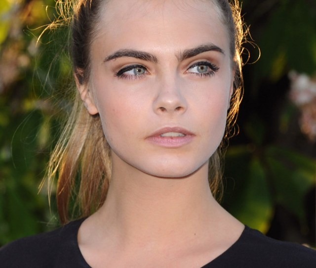 Cara Delevingne Shows Support For Free The Nipple Campaign