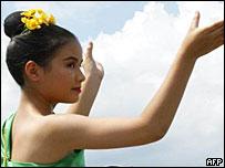 Traditional Thai dance performer