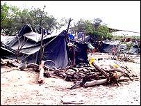 Casas de comunidades indígenas en El Chaco, Paraguay